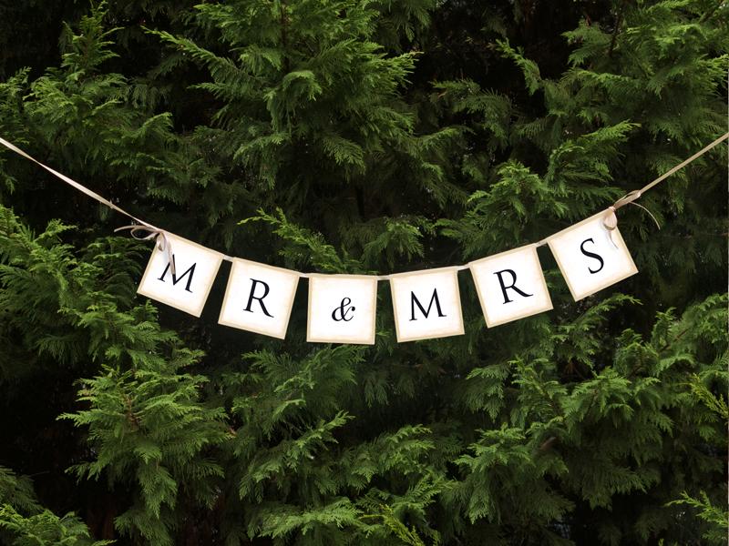"Girlanda ""MR & MRS"" / GRL20"