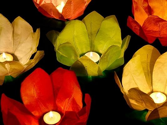 Lampiony pływające Kwiaty, mix / średnica 29 cm