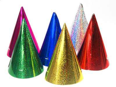 Czapeczki urodzinowe holograficzne, holograficzne - mix kolorów / 10x17 cm