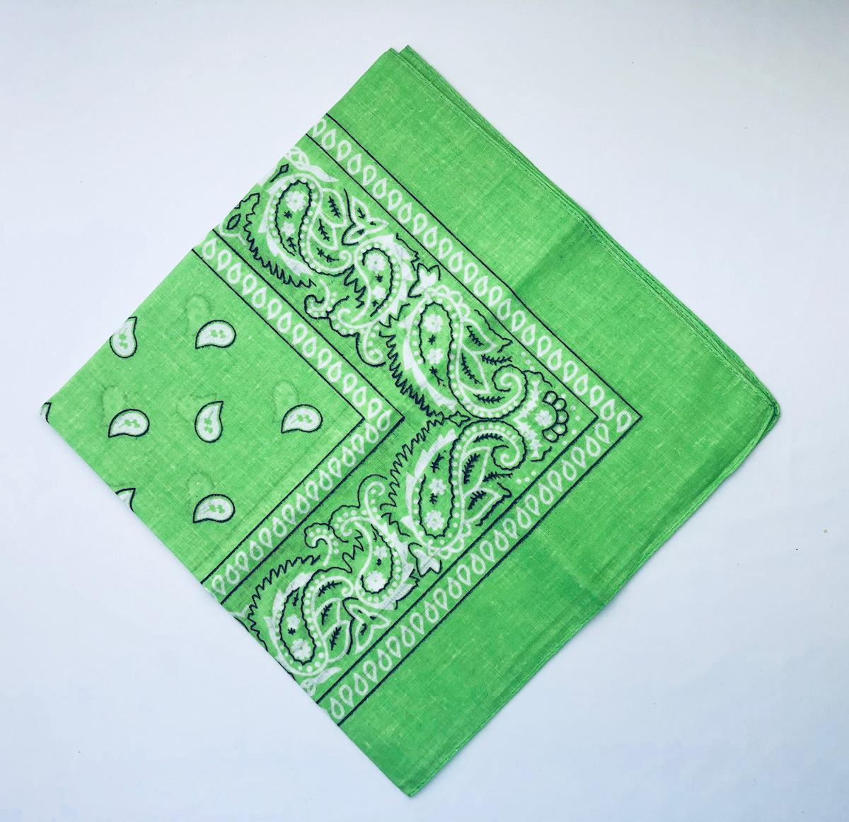 Chusta bandamka, zielona / 56x56 cm