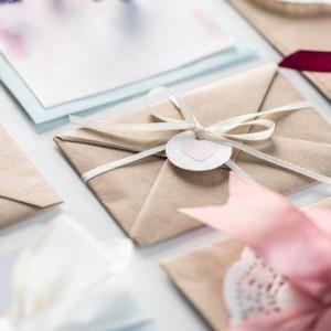 Zaproszenia ślubne, zaproszenia gotowe i ręcznie robione