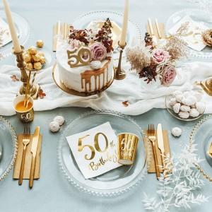 Dekoracje stołu na urodziny dorosłych