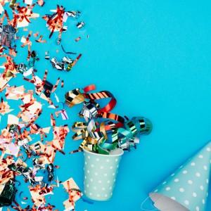 Dekoracje na urodziny, girlandy, konfetti, banery, świderki