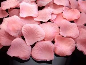 Płatki róż w woreczku, jasny różowy