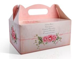 Ozdobne pudełka na ciasto weselne z różami