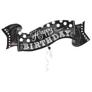"""Balon foliowy SuperShape, napis """"Happy Birthday"""" na tablicy czarno-bialej"""