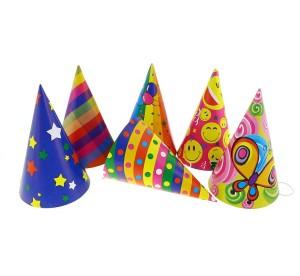 """Czapeczki - Czapeczki urodzinowe """"Party"""" / mix wzorów"""