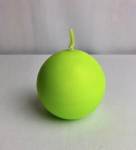 Świeczki kule - Jasnozielona świeca kula, matowa / 8 cm